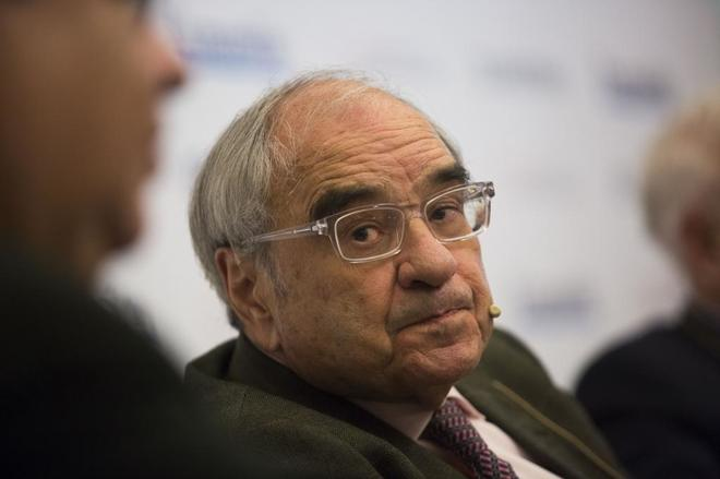 El ex ministro Rodolfo Martín Villa, en una mesa redonda sobre la reforma constitucional en 2016.