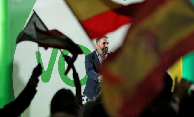 El presidente de Vox, Santiago Abascal, durante su intervención en el acto público de Alboraya (Valencia).