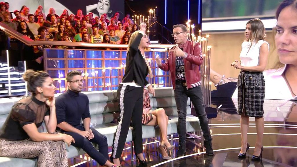 Momento de la discusión entre Belén Esteban y Carlos Lozano en GH...