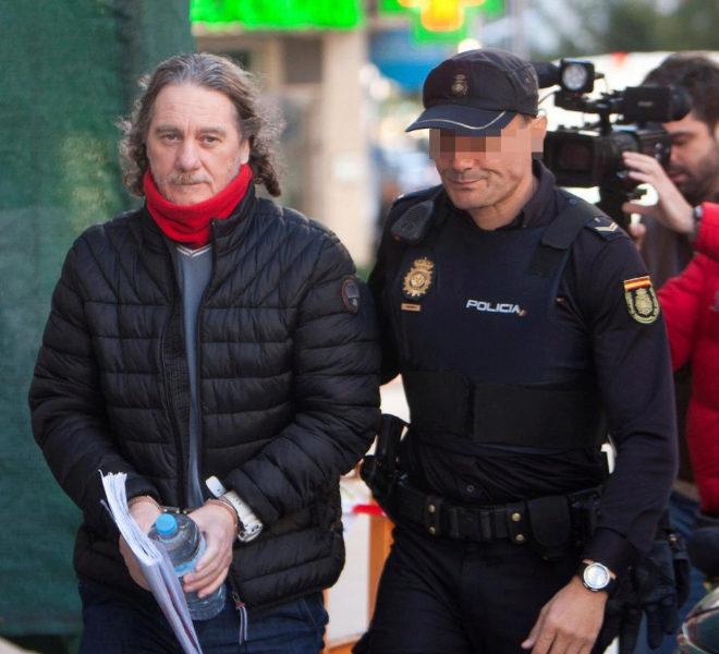 Sito Miñanco, a su llegada a la Audiencia Provincial de Pontevedra.