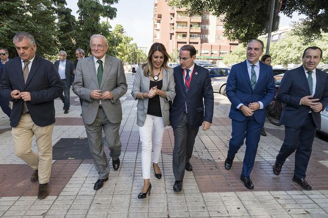 Susana Díaz, con Lara, Bendodo y Carnero, este jueves en Málaga.