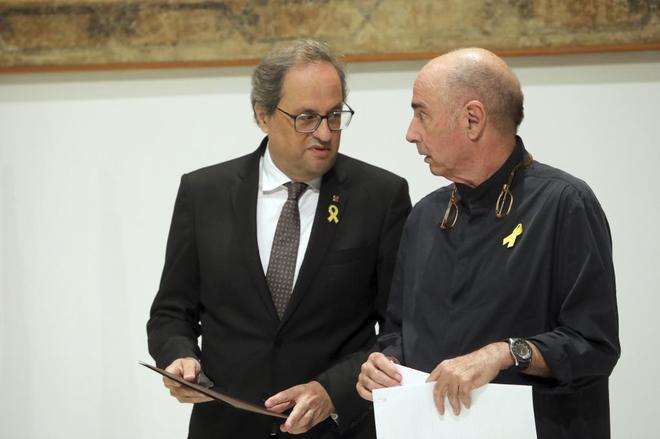 El president Quim Torra y Lluís Llach en la presentación del Consejo Asesor