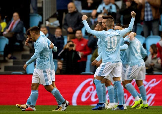 Aspas celebra uno de sus goles contra el Eibar.