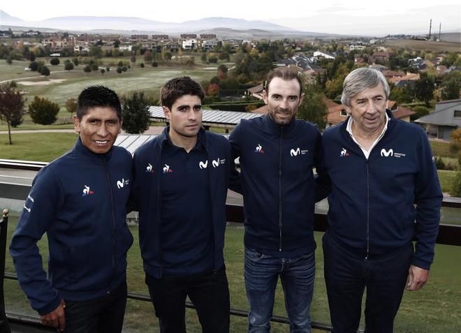 Eusebio Unzué, junto a Valverde, Landa y Nairo Quintana.