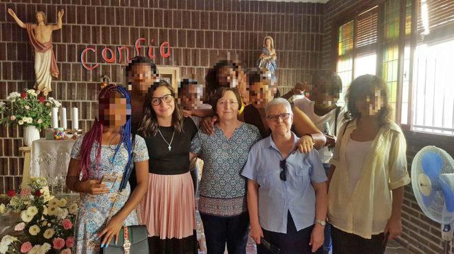 Las Religiosas Adoratrices Esclavas del Santísimo Sacramento de Almería acogen a mujeres que han sido obligadas a ejercer la prostitución.