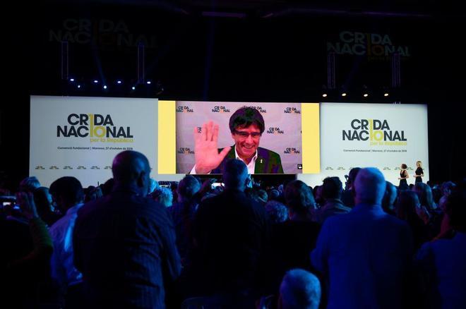 Carles Puigdemont interviene el sábado durante la fundación de la 'Crida Nacional per la República'.