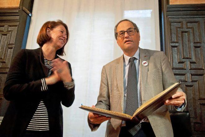 El 'president' Quim Torra y la alcaldesa de Gerona, Marta Madrenas,...