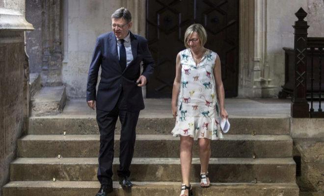 El presidente de la Generalitat, Ximo Puig y la consellera de Vivienda, Obras Públicas y Vertebración del Territorio, María José Salvador.