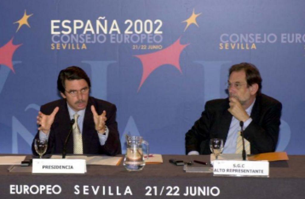 Aznar y Solana en la cumbre de Sevilla de 2002.
