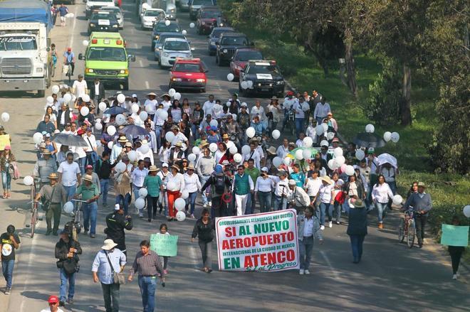 Manifestación a favor del nuevo aeropuerto de Ciudad de México.