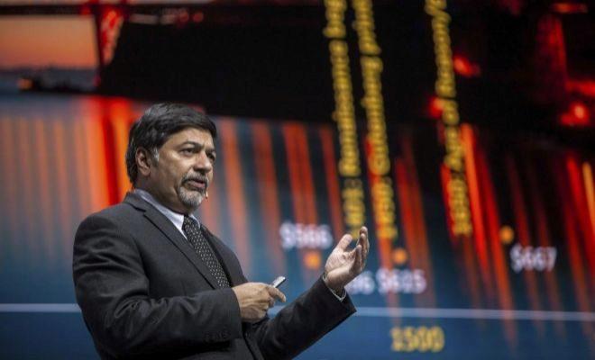 Raj Sisodia, co-fundador de Conscious Capitalism, durante su conferencia.