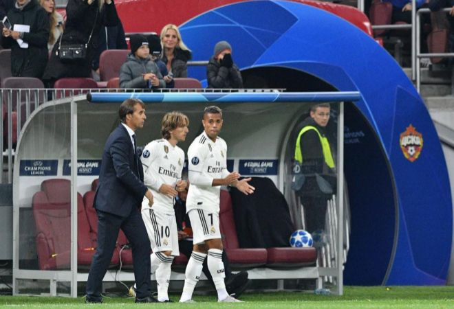 Julen Lopetegui, Luka Modric y Mariano.