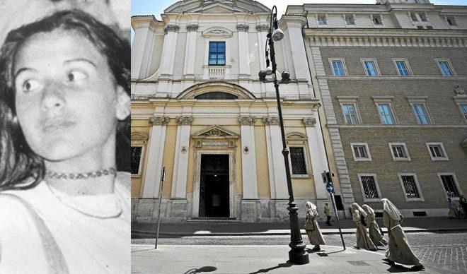 Vista de la fachada de la iglesia de San Apollinaris en cuyo interior se encuentra la tumba de Enrico De Pedis, también conocido como Renatino (un jefe de la Banda de la Magliana) en Roma, Italia, hoy lunes 5 de julio. Existen sospechas de que De Pedis podría haber estado relacionado con la desaparición de la joven Emanuela Orlandi en 1983. Orlandi era hija de un empleado del Vaticano y su cuerpo nunca se ha encontrado.