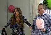 Sofía Vergara y Eric Stonestreet, interpretando a Gloria y Cameron en...