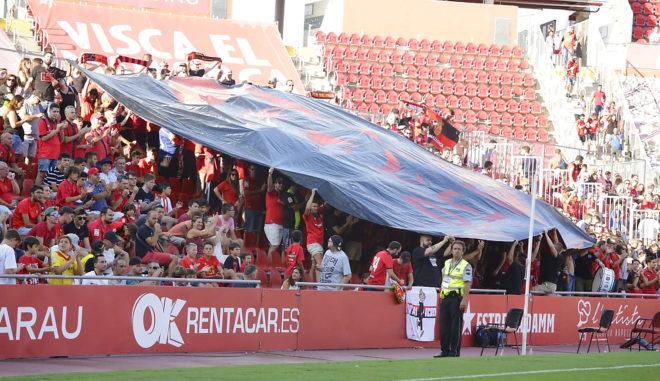 Imagen de la grada en el partido ante Osasuna, el de mejor entrada de esta temporada.