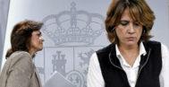 La vicepresidenta del Gobierno, Carmen Calvo, y la ministra de Justicia, Dolores Delgado, en la rueda de prensa tras el Consejo de Ministros de este viernes