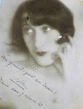 Es la Reina de Corazones que trabajó como agente doble, para los...
