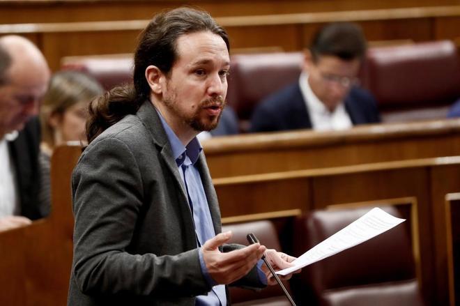 El secretario general de Podemos, Pablo Iglesias, en el Pleno del...