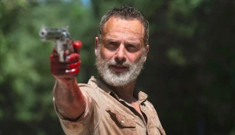 Andrew Lincoln, como Rick Grimes.