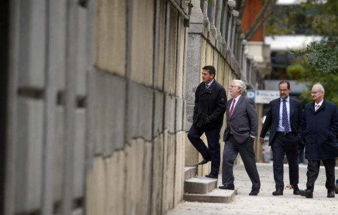 Varios magistrados regresan al Tribunal Supremo mientras debaten sobre las Hipotecas.