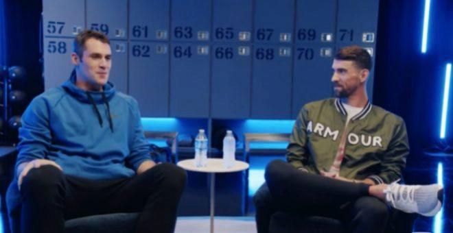 Kevin Love y Michael Phelps, durante el programa.