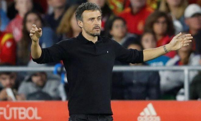 Luis Enrique, durante el partido ante Inglaterra en el Villamarín.