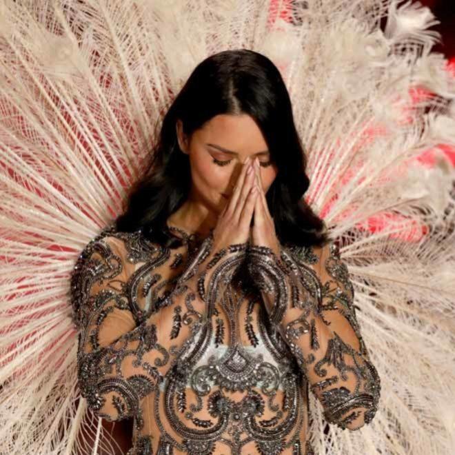 e09db5073f7 Adriana Lima en su último desfile de Victoria s Secret GETTY IMAGES