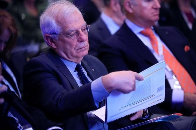 El ministro de Exteriores, Josep Borrell , durante la inauguración de...