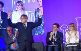 Guy Verhofstadt, presidente de Alde, saluda a los asistentes al...
