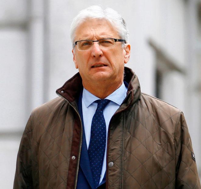 Luis María Díez-Picazo, este martes, de regreso al Tribunal Supremo tras el descanso que se dieron para comer.