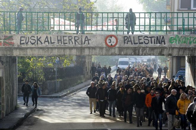 Un momento de la manifestación celebrada en Alsasua (Navarra) el pasado 4 de noviembre en apoyo a la Guardia Civil.
