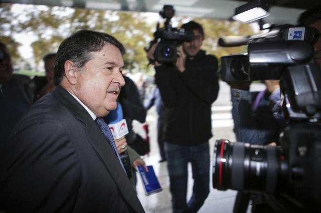El ex presidente de Bancaja, José Luis Olivas, a su llegada a otro juicio en el que se le juzgó por fraude, en 2016.