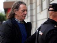 El narcotraficante Sito Miñanco, al llegar, este lunes, a los juzgados de Vigo.