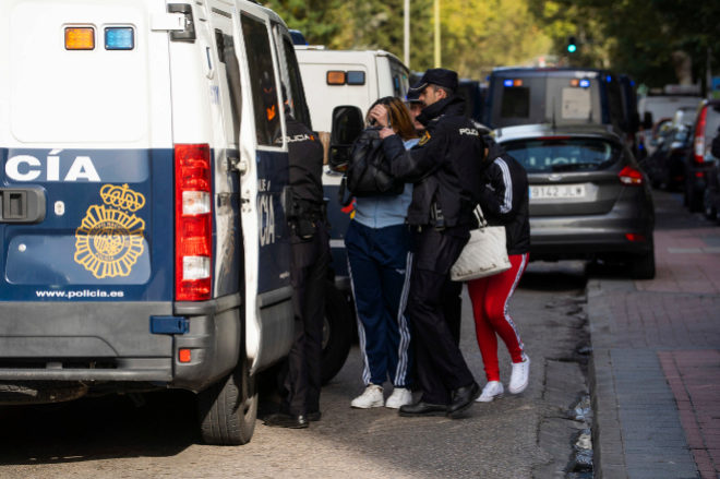 Imagen de la redada que la Policía Nacional ha realizado este martes en el Paseo de las Delicias