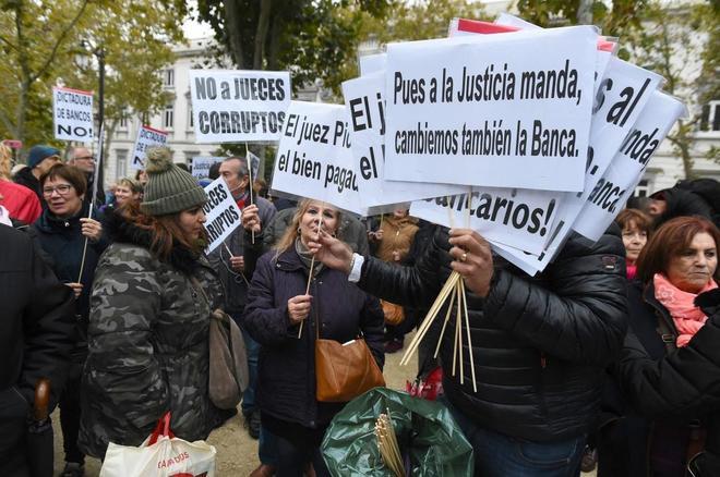 Protestas ante el Tribunal Supremo tras el fallo sobre el pago de los Actos Jurídicos Documentados el pasado mes de octubre