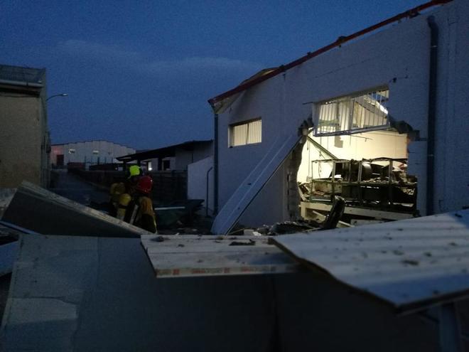 La explosión se ha producido en una nave de una empresa del polígono del Boch
