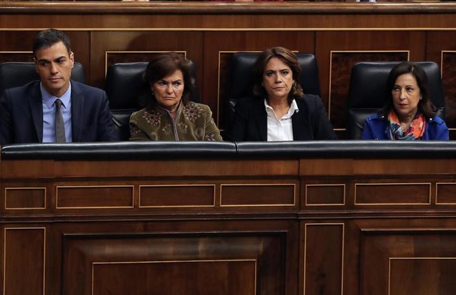 Pedro Sánchez, Carmen Calvo, Dolores Delgado y Margarita Robles, este...