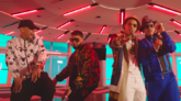 Asesina Remix está protagonizado por Brytiago, Darell, Daddy Yankee,...