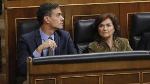 Pedro Sánchez, Carmen Calvo, Dolores Delgado y diputados socialistas...