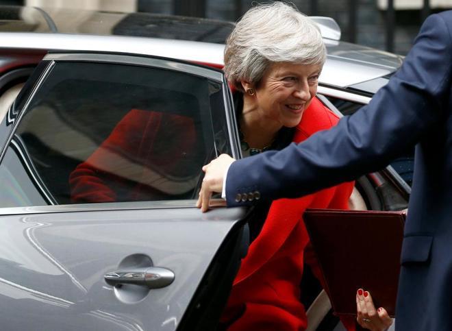 La primera ministra británica, Theresa May, llegando al número 10 de Downing Street.