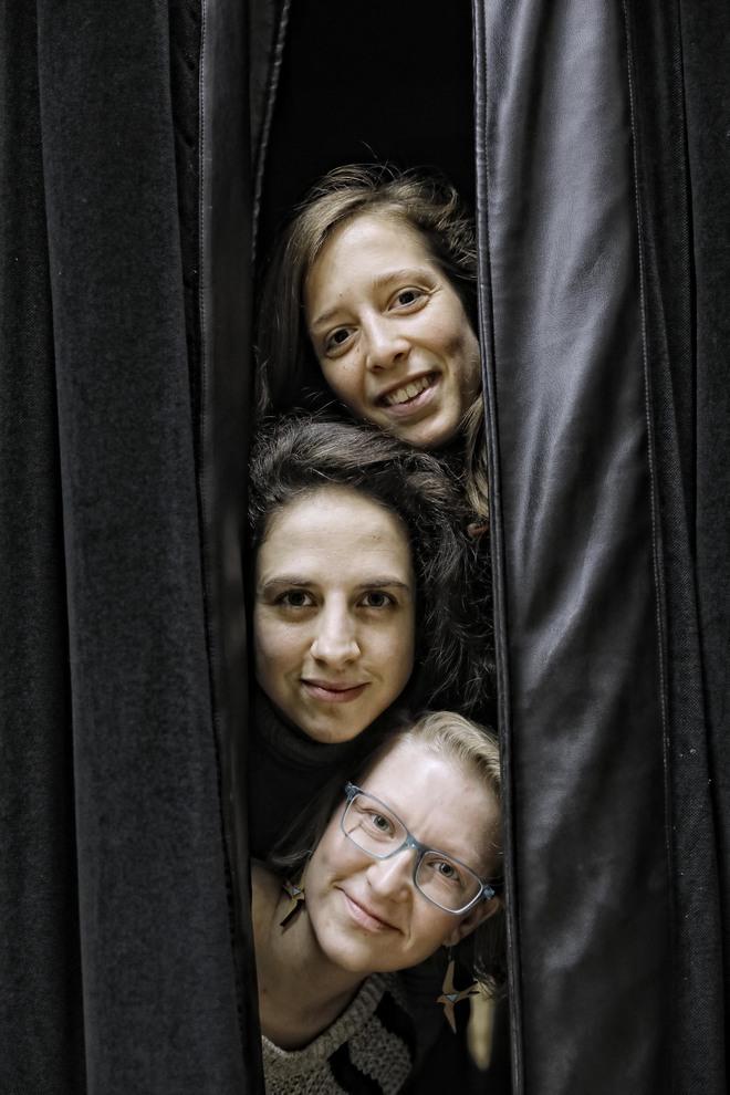 Iniciativa Sexual Femenina son Elisa Keisanen, Cristina Morales y Elise Moreau.