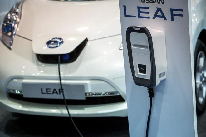 Coche eléctrico en la Feria del Automóvil.