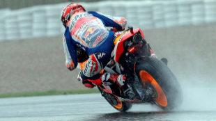 """La lluvia amenaza Cheste: """"En muchos puntos del circuito es difícil pilotar"""""""