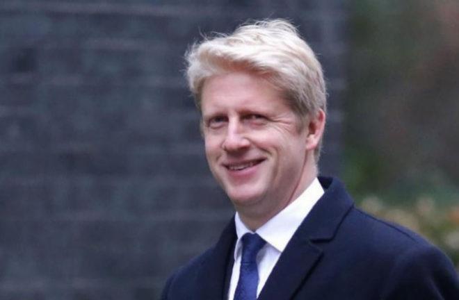 Jo Johnson, se muestra a favor de la permanencia de Reino Unido en la UE.