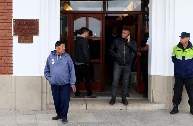 José Aramayo, padre de uno de los tripulantes del submarino, en el hotel de Mar del Plata donde se encuentran alojados los familiares de la tripulación.