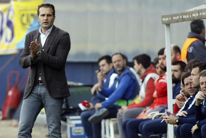 Rubén Baraja, en un partido del Sporting de Gijón.