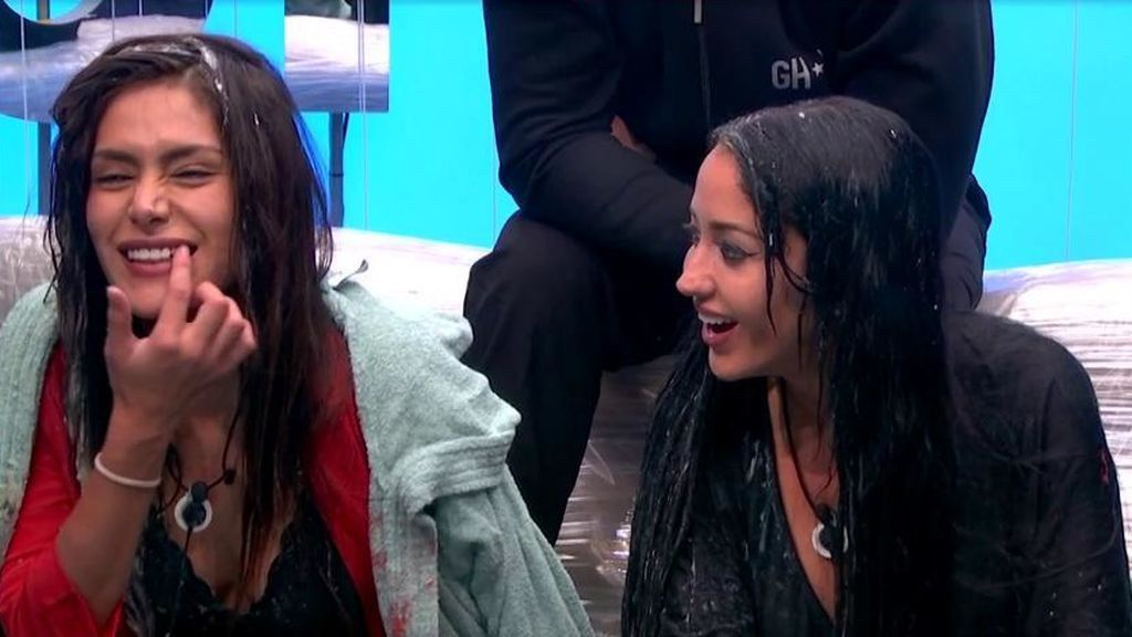 Miriam Saavedra y Aurah charlan en Gran Hermano VIP 6