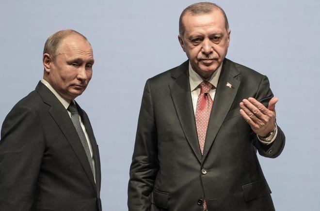 El presidente ruso, Vladimir Putin, y su homólogo turco, Recep Tayyip Erdogan