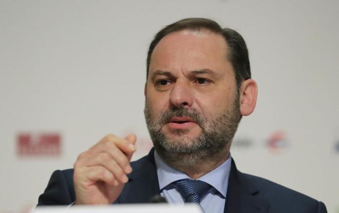 El ministro de Fomento, José Luis Ábalos, en los desayunos de Europa Press.