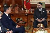 Pedro Sánchez, presidente del Gobierno, y el rey Mohamed VI de...